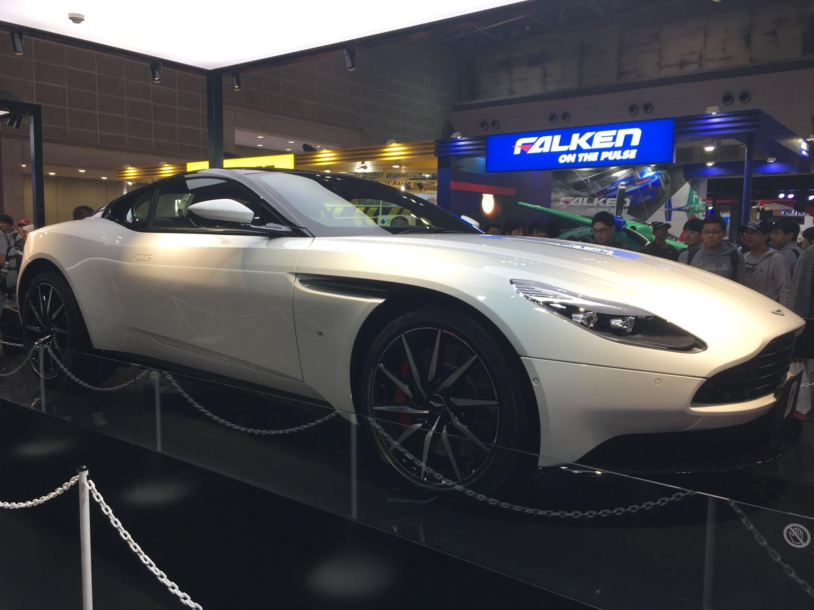 AstonMartinTokyoMotorShow2017